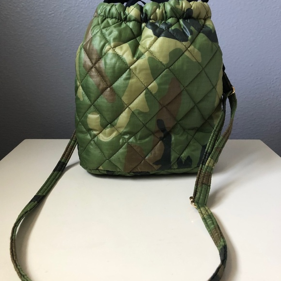 Goldno.8 Handbags - Goldno.8 Le Pouf bag